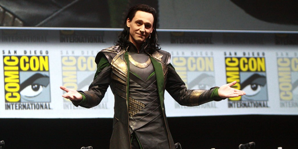 Loki surprise appearance at  Comic Con